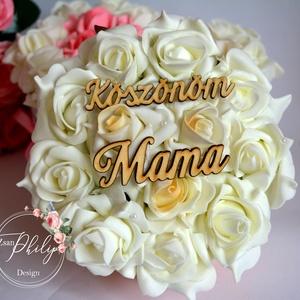 Mama virágbox, Csokor & Virágdísz, Dekoráció, Otthon & Lakás, Virágkötés, A romantikus kerek kézműves  virágboxot, élethű,örök vaj habrózsákkal raktam körbe. A virágboxot rom..., Meska