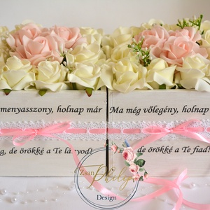 Szülőköszöntő menyasszony-vőlegény ládikó, Szülőköszöntő ajándék, Emlék & Ajándék, Esküvő, Virágkötés, Decoupage, transzfer és szalvétatechnika, Vintage fa fehér ládikó.Csipke díszítéssel. Menyasszony és vőlegény szövegrésszel.Kérhető más idézet..., Meska
