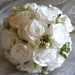 Hófehér Elegancia selyemcsokor, Menyasszonyi- és dobócsokor, Esküvő, Virágkötés, Csodás élethű hófehér selyemvirág és apró rezgőkből készült a minőségi menyasszonyi csokor. Szára fi..., Meska