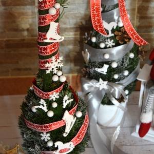 Grincs fa, Karácsony, Karácsonyi dekoráció, Otthon & lakás, Dekoráció, Ünnepi dekoráció, Lakberendezés, Asztaldísz, Virágkötés, Édes manó grincs fa. Sokáig szép ünnepi zöldként díszítheti otthonodat a grincs zanót vesszőből kész..., Meska