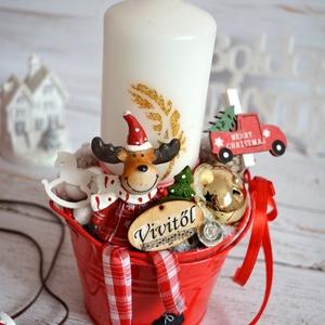 Rénis asztaldísz egyedi szöveges ajándék, Karácsony, Karácsonyi dekoráció, Otthon & lakás, Dekoráció, Ünnepi dekoráció, Lakberendezés, Asztaldísz, Virágkötés, Logó lábú rénis gyertyás. Az ajándékozó vagy ajándékozott nevével is kérhető.\nTovábbi termékeimet me..., Meska