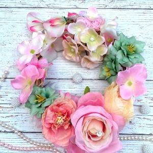 Édes kopogtató, Otthon & lakás, Dekoráció, Lakberendezés, Ajtódísz, kopogtató, Koszorú, Virágkötés, Bályos tavaszi kopogtató,kérhetsz rá madárkákat is. Minőségi selyemvirágokból,pasztel színekben,vint..., Meska