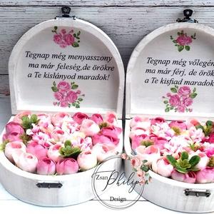 2db Szöveges begóniás virágos ládika, Esküvő, Esküvői csokor, Meghívó, ültetőkártya, köszönőajándék, Otthon & lakás, Lakberendezés, Asztaldísz, Decoupage, transzfer és szalvétatechnika, Virágkötés, Fa kis vintage mini begóniás selyemvirágos,fehérre festett, szülőköszöntő örök virágbox-ládikák.\nMér..., Meska