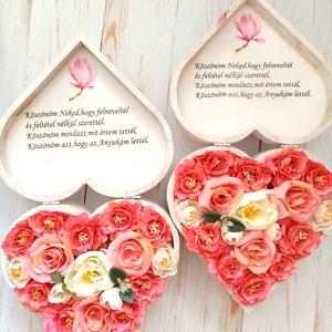 Szülőköszöntő sziv, Esküvő, Meghívó, ültetőkártya, köszönőajándék, Szöveges szív  viragbox. , Meska