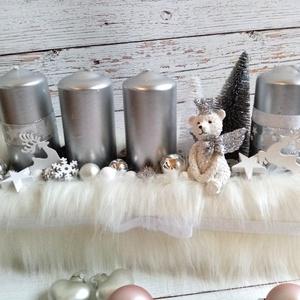 Macis ládika, Otthon & Lakás, Karácsony & Mikulás, Adventi koszorú, Virágkötés, Ezüst fehér műszőrmés macis adventi ládika. , Meska