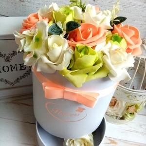 Bon- bon tartós virágbox, Otthon & Lakás, Dekoráció, Csokor & Virágdísz, Virágkötés, Virágbox egyedi alsó tálcában lehet bon-bont vagy más aproságot elhelyezni. Más színárnyalatban is l..., Meska