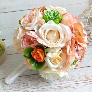 Vintage selyemcsokor, Esküvő, Menyasszonyi- és dobócsokor, Virágkötés, Minőségi selyemvirágokból készült romantikus vintage csokor. Kővirózsa hatású pozsgással. \nMérete kb..., Meska