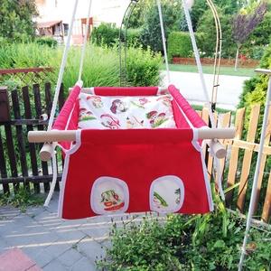 100% pamut piros-sünis, gombás hinta, Gyerek & játék, Játék, Kerti játék, Famegmunkálás, Varrás, Erős vászonból készül ez a baba hinta, mely születéstől használható 25 kg-ig.\n\nNAGY MÉRETŰ!!! 50 cm ..., Meska