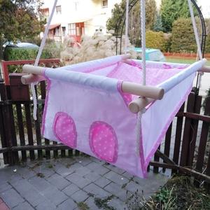 100% pamut fehér - rózsaszín csillagos, Játék & Gyerek, Hinta & Kerti játék, Famegmunkálás, Varrás, Erős vászonból készül ez a baba hinta, mely születéstől használható 25 kg-ig.\n\nNAGY MÉRETŰ!!! 50 cm ..., Meska