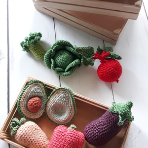 Pasztell horgolt zöldségek ládában, Szerepjáték, Játék & Gyerek, Horgolás, Horgolt zöldségek, pasztell színekkel készítve, fából készült  zöldséges ládában.\nA szett tartalmazz..., Meska