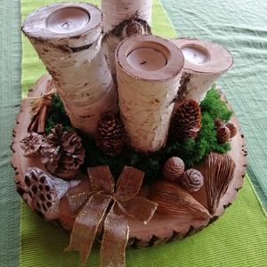 Adventi koszorú és asztaldísz, Adventi koszorú, Karácsony & Mikulás, Famegmunkálás, Egyedi készítésű adventi asztaldísz.\nAmely tölgyfakorongból (kb 35 cm) és nyírfából készített gyerty..., Meska
