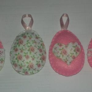 Húsvéti filc tojások, Dekoráció, Otthon & lakás, Csokor, Lakberendezés, Ajtódísz, kopogtató, Varrás, Szappankészítés, Filc anyagból készült ,kézzel varrott termék. A szett 4 darabból áll. Két különböző színű filc anyag..., Meska