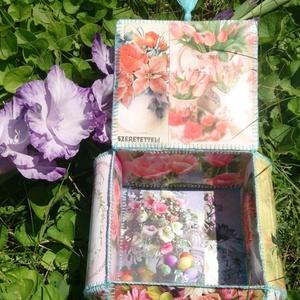 Virágos képeslapdoboz, Naptár, képeslap, album, Otthon & lakás, Lakberendezés, Tárolóeszköz, Dekoráció, Papírművészet, Virágos képeslapokból összeállított képeslapdoboz.\nA termék mérete: 21x21x11 cm, dobozonként mm-es e..., Meska