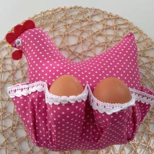 Húsvéti tojástartós tyúkocska, Otthon & lakás, Dekoráció, Ünnepi dekoráció, Húsvéti díszek, Textil, Varrás, Idén is elkészültek tyúkocskáink, melyek szép díszei lehetnek lakásotoknak a húsvét közeledtével!\n\nK..., Meska