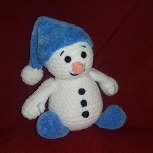 Horgolt plüss hóember, Mikulás, Karácsony & Mikulás, Horgolás, Plüss fonalból készült hóember. Kék sapkában, biztonsági szemmel ellátott, szilikonizált poliészter ..., Meska
