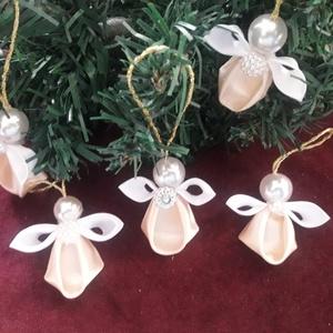 Szalag angyalkák - karácsony - ünnep- meglepetés, Otthon & Lakás, Dekoráció, Dísztárgy, Mindenmás, Az angyalkákat kanzashi technikával készítettem.\n4  cm magasak.\nDarabja 250 ft .\nHa többre lenne szü..., Meska