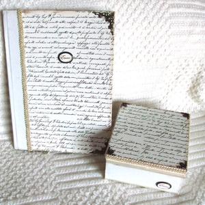 EMLÉKKÖNYV - A klasszikus szett, Otthon & Lakás, Könyv, Papír írószer, Elegáns, míves anyagok és színvilág. Fém veretekkel.  Monogrammal vagy keresztnévvel is kérhető.   M..., Meska