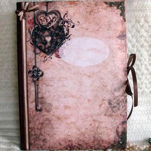 A/4-es méretű könyv , Otthon & lakás, Naptár, képeslap, album, Jegyzetfüzet, napló, Papírművészet, Elegáns, míves anyagok és színvilág.Fém veretekkel.\n\nMéret: A4. kb. 100 sima, 70-80 gr-os lappal, de..., Meska