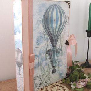 FOTÓALBUM - hőlégballonnal, Otthon & Lakás, Papír írószer, Album & Fotóalbum, Decoupage, transzfer és szalvétatechnika, Különleges fotóalbum, a vintage jegyében. Igazán szép ajándék kerek évfordulóra esküvőre, vagy násza..., Meska