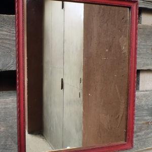 Antikolt piros tükör (Zsuzskalak) - Meska.hu