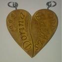 Feliratos Szív kulcstartó, Mindenmás, Szerelmeseknek, Kulcstartó, Szív alakú, 3D-s kulcstartó, amit személyre szabunk, egyedileg ráírjuk a szerelmesek nevét. A..., Meska