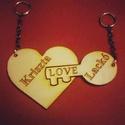 Szív kulcstartó - két részes, pároknak, Egyéb, Táska, Divat & Szépség, Otthon & lakás, Kulcstartó, táskadísz, Szerelmeseknek, Ünnepi dekoráció, Dekoráció, Páros kétrészes fa kulcstartó, amelyen a szerelmes pár neve látható. Ötletes ajándék nászajándékba v..., Meska