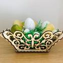 Húsvéti asztali kiskosár, Otthon & lakás, Dekoráció, Húsvéti díszek, Ünnepi dekoráció, Dísz, Húsvéti asztali kiskosár fából. Méretek: alsó szélessége 12 cm, felső szélessége 18 cm magassága 10 ..., Meska