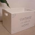 Vintage fa tároló láda , Otthon, lakberendezés, Bútor, Tárolóeszköz, Láda, Vintage Home feliratú fehér tömör fa tároló láda. Mérete: 30x50x33cm. Natúr fehér kivitelb..., Meska
