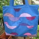 lila-kék körszeletes táska, amit LEÁRAZTAM!:), Táska, Szatyor, Válltáska, oldaltáska, Patchwork, foltvarrás, Varrás, 2900ft helyett most 2200ft!  Praktikus méretű, bevásárláshoz is de vállra akasztva táskaként is hor..., Meska