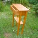 1 fiokos kisasztalka, Bútor, Dekoráció, Asztal, Tömör  bontott fenyőfából készült egy fiokos, polcos kisasztalka magasság: 98 cm asztallap mérete: 6..., Meska