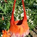 narancs gyapjú táska, Táska, Válltáska, oldaltáska, Nemezelés,      A táskát több színű ( szürke,narancs,piros) bergschaf gyapjúból készítettem nemezeléssel.Belül..., Meska