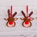 """""""Rénszarvas fiúk és lányok"""" karácsonyfadísz szett, Dekoráció, Ünnepi dekoráció, Karácsonyi, adventi apróságok, Karácsonyfadísz, Filből készült rénszarvasok szalagokkal, gombokkal díszítve.  100%-ban kézzel varrva :)  Mér..., Meska"""