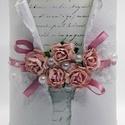 Díszdoboz - Finom romantika, Dekoráció, Esküvő, Otthon, lakberendezés, Tárolóeszköz, A púderrózsaszín eperfa-papírrózsák a díszei ennek a doboznak. Minden virág egyedi kézműve..., Meska