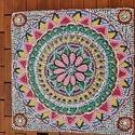 Mandala gyöngy kép, Otthon & lakás, Dekoráció, Dísz, Kép, Festett tárgyak, Saját készítésű, egyedi 21 cm-es  üveglapra készített egyik oldalon gyöngyökből kirakott virágmintá..., Meska