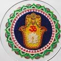 Hamsa-kéz Mandala, Dekoráció, Otthon, lakberendezés, Kép, Falikép, Ezen a mandalámon több ősi szimbólum is található. A  lótuszvirág a lélek fejlődését, fe..., Meska