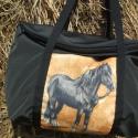 Lovas vízhatlan  egyterű nagy váll táska, Egyterű erős de könnyű táska sokat lehet bele...