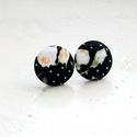 Fekete rózsakert MINI fülbevaló - Neked való sorozat, Ékszer, óra, Fülbevaló, Bedugós fülbevaló pöttyös fekete alapon rózsaszín és fehér rózsákkal. Minőségi patchwork anyagból ké..., Meska