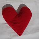 Szív cseresznyemag párna, Baba-mama-gyerek, Mindenmás, Játék, Készségfejlesztő játék, Varrás, Természetes alapanyagú töltettel, puha pamut textil kispárna.  Sokrétűen felhasználható. -Játszva ..., Meska