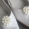 Gyöngyös bross cipőklipsz, Esküvő, Hajdísz, ruhadísz, Cipő, cipőklipsz, Ékszerkészítés, AKCIÓ!!! MINDEN MENYASSZONY AJÁNDÉKOT KAP A VÁSÁROLT TERMÉK MELLÉ.  Esküvőre vagy bálba mész,de nem..., Meska