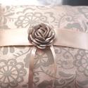 Versailles vintage gyűrűpárna, Esküvő, Gyűrűpárna, Varrás, AKCIÓ!!! MINDEN MENYASSZONY AJÁNDÉKOT KAP A VÁSÁROLT TERMÉK MELLÉ.10000 FT FELETT INGYEN POSTA :)  ..., Meska
