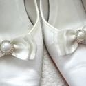 Ekrü masnis cipőklipsz, Esküvő, Hajdísz, ruhadísz, Cipő, cipőklipsz, AKCIÓ!!! MINDEN 5000 FELETTI VÁSÁRLÁST KÖVETŐEN ( VÁLASSZ AZ AJÁNDÉK POLCRÓL ÉS TEDD A KO..., Meska