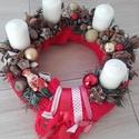 KARÁCSONYI asztaldísz, koszorú KÉSZTERMÉK, Dekoráció, Otthon, lakberendezés, Ünnepi dekoráció, Asztaldísz, Virágkötés, Mindenmás, A klasszikus karácsony jellemzői a piros, a zöld és a fehér, egy kis kockás anyag, és némi játékoss..., Meska