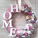 HOME rózsaszín ..kopogtató, ajtódísz  KÉSZTERMÉK, Dekoráció, Otthon, lakberendezés, Ajtódísz, kopogtató, Koszorú, Mindenmás, Virágkötés, Lakásdekoráció A szalma alapot gazdagon díszítettem apró művirágokkal, termésekkel ming virággal és..., Meska