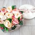 Örök virágdoboz  SZÜLINAPRA, NÈVNAPRA, Dekoráció, Otthon, lakberendezés, Húsvéti díszek, Asztaldísz, Egyedi virágboxot készítettem.  A háncs dobozt száraz tűzőhabbal béleltem ki, majd teleragasztottam ..., Meska
