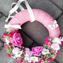 TAVASZVÁRÓ virágos tavaszi kopogtató, ajtódísz, falidísz, Tavaszi lakásdekoráció Méret: 26cm