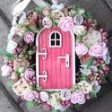 TÜNDÉRLAK tavaszi-virágos tündérajtós  kopogtató, ajtódísz dísz, Egyedi lakásdekoráció A szalma alapot gazdagon ...