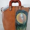 Esti hóvirág-kézzel festett táska fa fogóval, Igazán különleges alakú, fa fogós kézitáska...