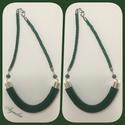 Nyaklánc, zöld színű, íves, Ékszer, Nyaklánc, Nagyon egyszerű, nagyon visszafogott, nagyon elegáns... Rövid fazonú nyaklánc zöld színben: s..., Meska