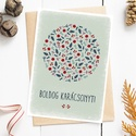 Karácsonyi képeslap, adventi üdvözlőlap termésekkel - zöld, piros A6, Karácsonyi, adventi apróságok, Ajándékkísérő, képeslap, Koszorú, Karácsonyi, adventi képeslap zöld, piros színekben. Ünnepi hangulatú téli termésekből álló kör, kará..., Meska