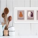 Konyhai dekoráció, tök-padlizsán-répa fali kép szett, 3 db illusztráció, Dekoráció, Kép, A sütőtököt, padlizsánt és répákat ábrázoló fali kép szett 3 db 13x18 cm-es képet tartalmaz, a legtö..., Meska